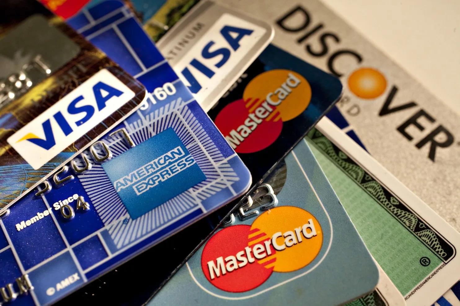 điều kiện mở thẻ ghi nợ quốc tế