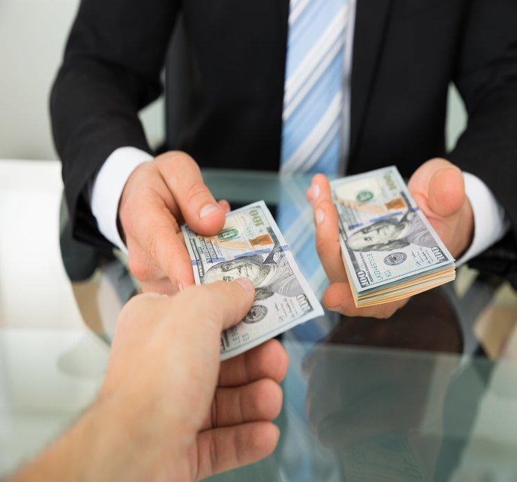 Đối tượng nào có thể vay vốn ngân hàng không thế chấp?