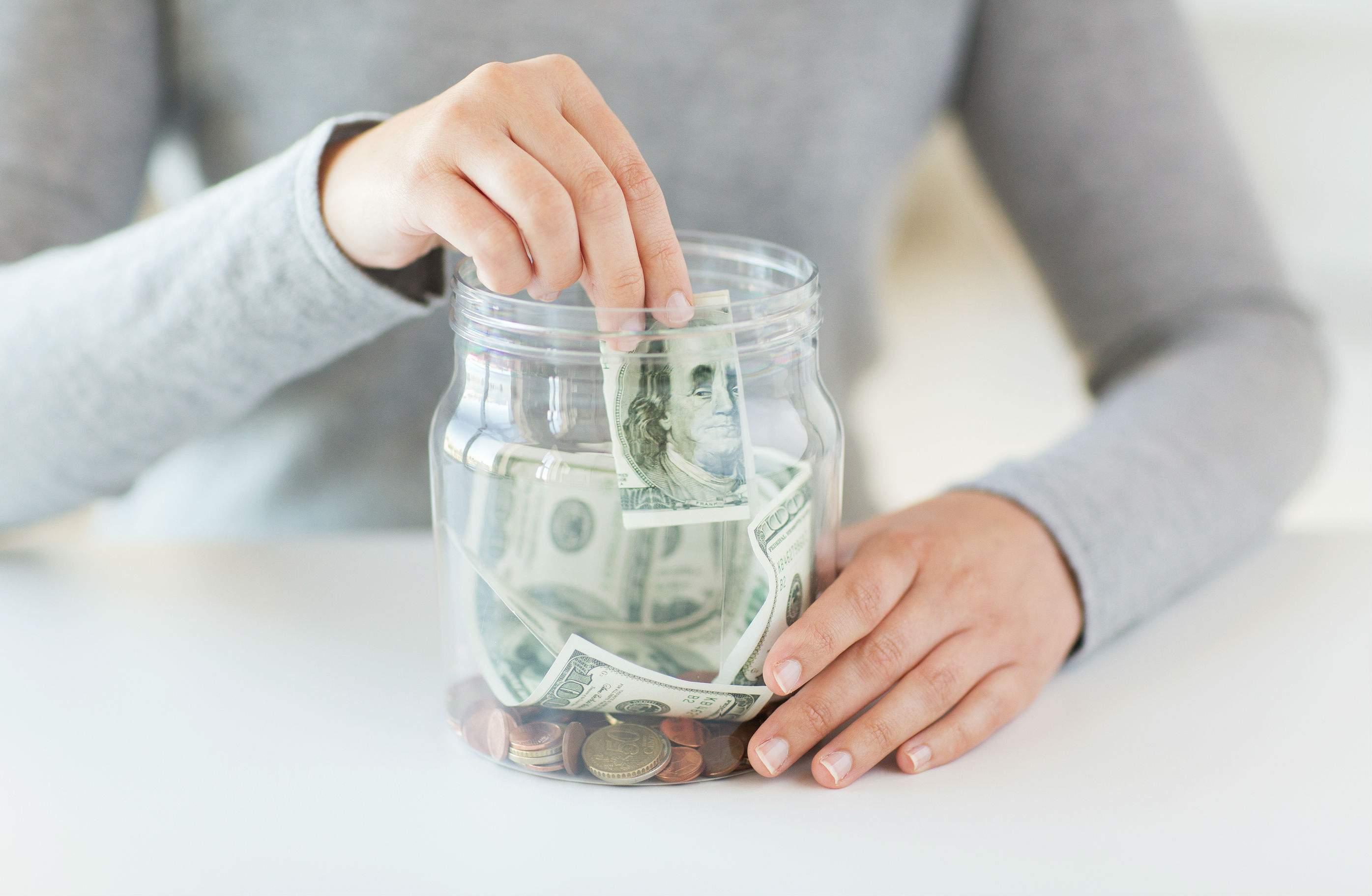 gửi sổ tiết kiệm lãi suất bao nhiêu