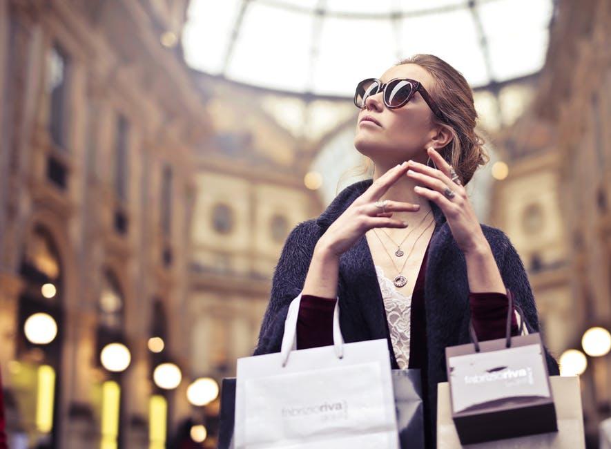 mua tiêu dùng trả góp