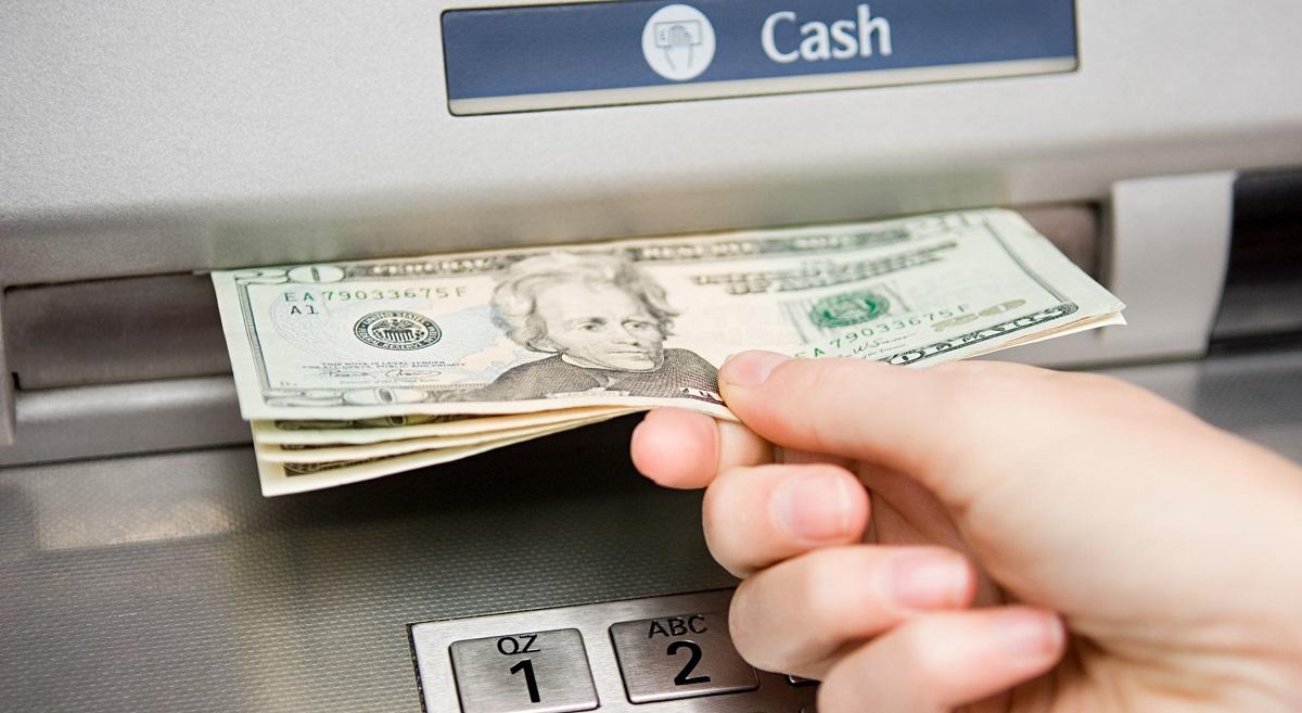 Miễn phí rút tiền ATM