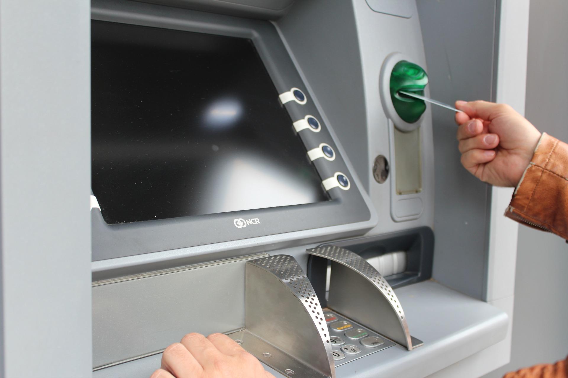Thẻ ngân hàng bị khóa