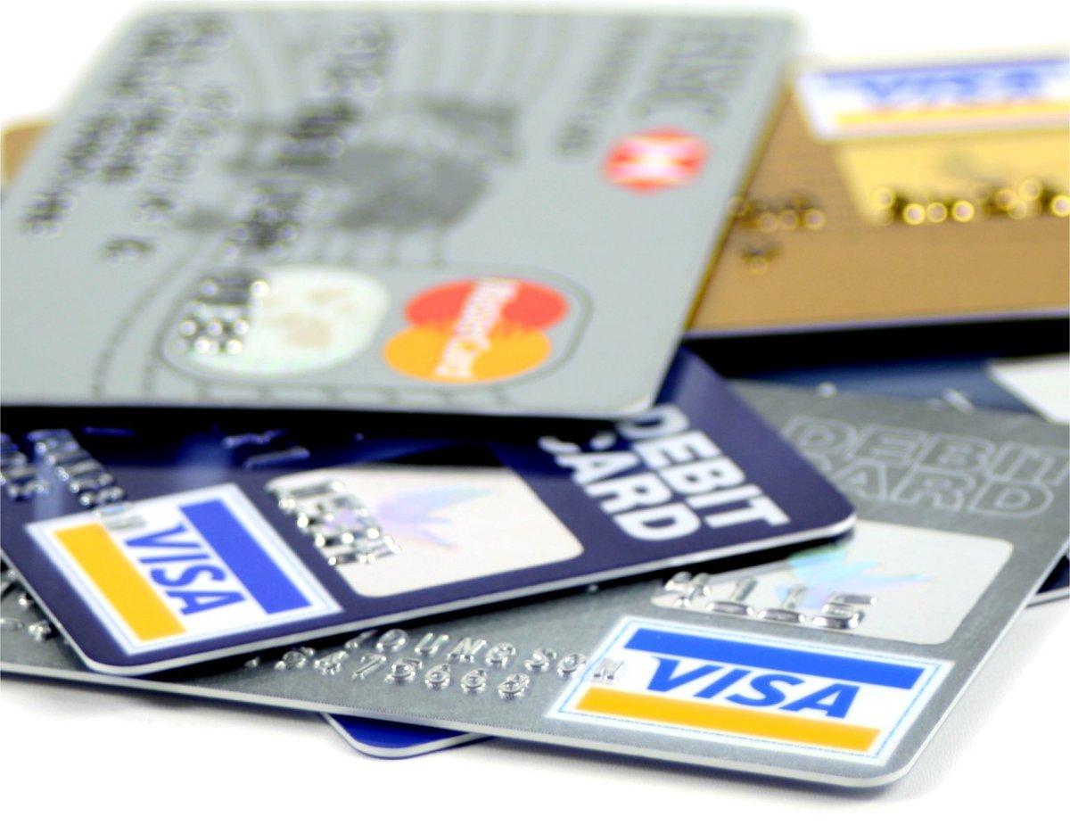 Liệu có chọn cho mình số thẻ ngân hàng đẹp được? (Nguồn Internet)
