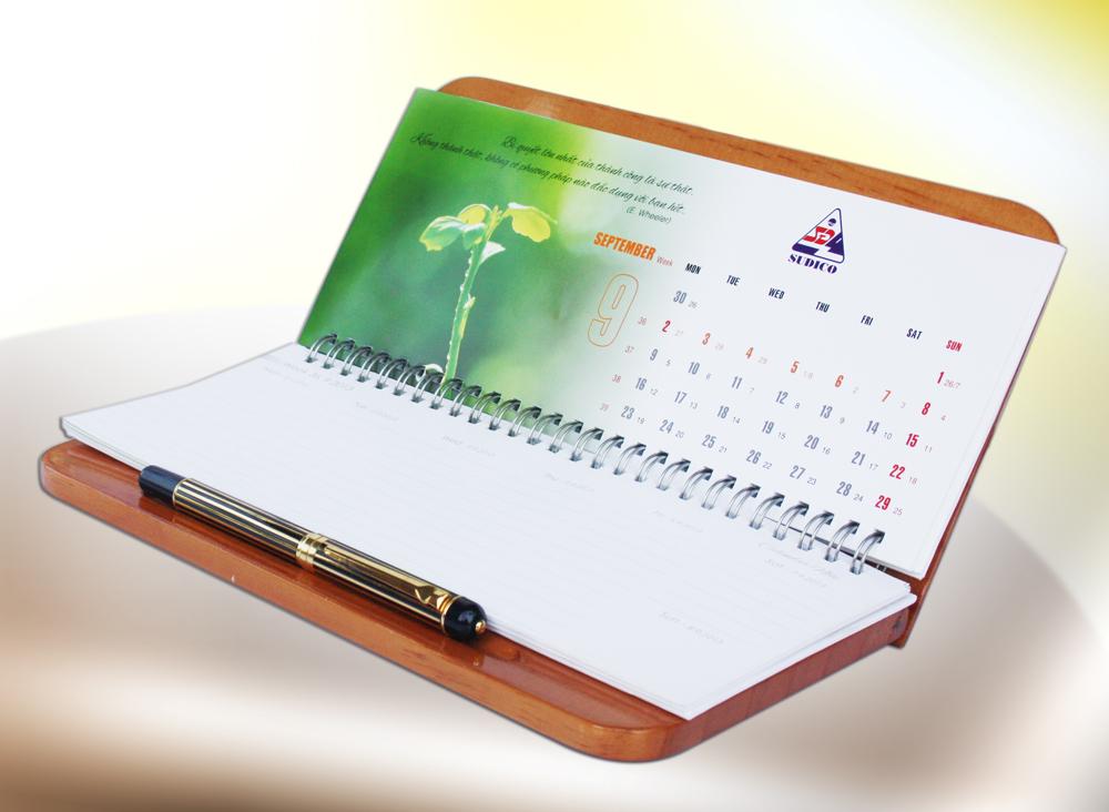 Ghi chú ngày đáo hạn trên lịch để bàn (Nguồn Internet)