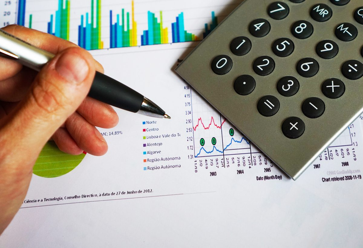 Việc ghi chép các khoản chi cực kỳ quan trọng để giúp bạn đánh giá và kiểm soát chi tiêu cá nhân.
