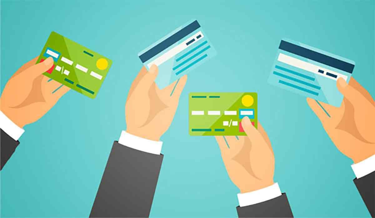 Cách kiểm tra tiền trong thẻ ATM nội địa khi đi nước ngoài du lịch dịp năm mới